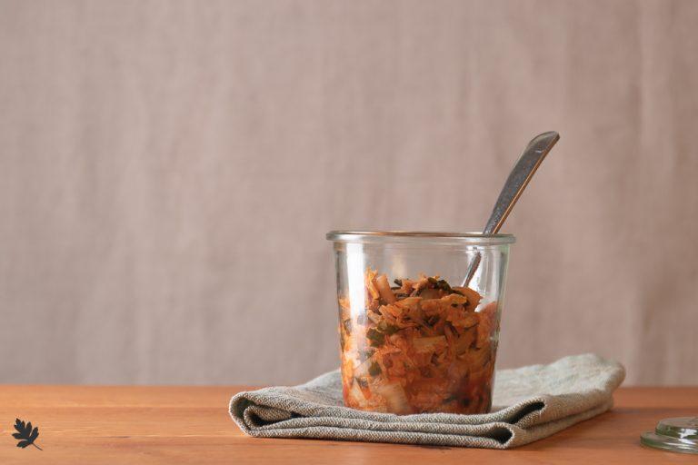 Bärlauch-Kimchi (+ Anleitung Milchsäuregärung)